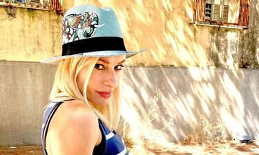 Ζέτα Δούκα: Στα 46 της οι φώτο της με μπικίνι είναι… εντυπωσιακές!