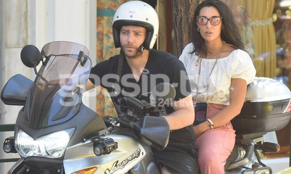 Σαμαρά - Ποιμενίδης: Βόλτα με τη μηχανή για το ερωτευμένο ζευγάρι! (Photos)