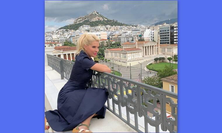 Ελένη Μενεγάκη: Αυτός είναι ο λόγος που επέστρεψε άρον άρον στην Αθήνα!