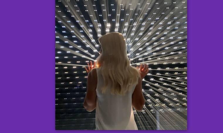 Ελένη Μενεγάκη: Μπήκε ξανά στο στούντιο: Φώτα, κάμερες... πάμε!