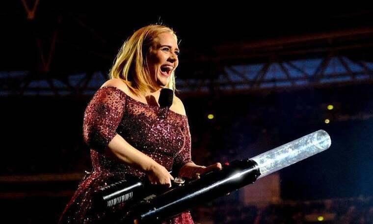 Αγνώριστη η Adele στη νέα της φωτό της μετά την απώλεια κιλών! (photos)