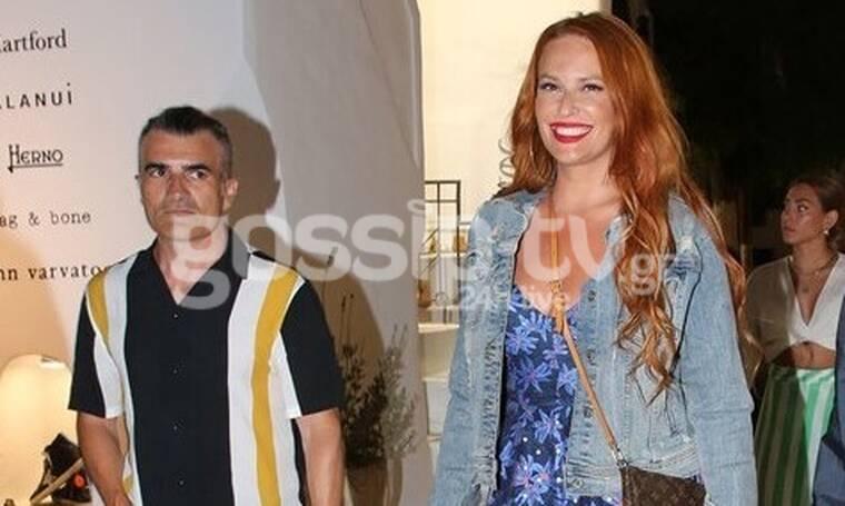 Χρηστίδου - Σταματόπουλος: Χαλαρώνουν στη Μύκονο! Η βόλτα στα σοκάκια
