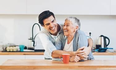 Το μυστικό που κάθε γιαγιά πρέπει να μοιράζεται με τα εγγόνια της