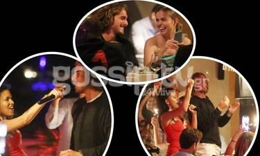 Ξεσάλωσε στη Μύκονο αγκαλιά με το κορίτσι του ο Τσιτσιπάς! (photos)