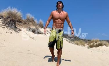 Σπαλιάρας: Όχι, δεν είναι σε κάποια έρημο! Στην Ελλάδα κάνει διακοπές! (pics)