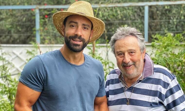 O Σάκης Τανιμανίδης κόβει λαχανικά από το μποστάνι του μπαμπά του! (vid+pics)