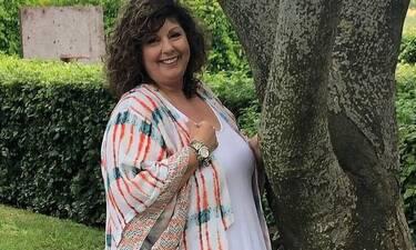 Λένα Μαντά: Αγνώριστη η συγγραφέας! Η απίστευτη αλλαγή στο look της!