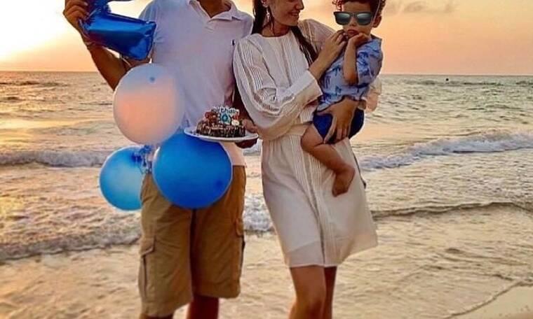 Γνωστός Έλληνας τραγουδιστής γιόρτασε τα 2α γενέθλιά του γιου του! (photos)