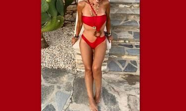 Όχι... δεν πάει ο νους σου ποια είναι η Ελληνίδα με το θεϊκό κορμί ετών 54!