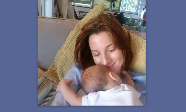 Νίκη Λυμπεράκη: Λιώσαμε με αυτή τη νέα φώτο του νεογέννητου γιου της!