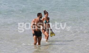 Χριστίνα Μπόμπα: Με τον super fit Τανιμανίδη στην παραλία και τον πεθερό της