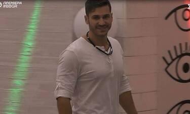 Big Brother: Κορίτσια, ο Ζακ Ιωαννίδης και οι... κοιλιακοί του! (photos)