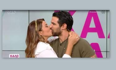Χατζίδου - Παύλου: Αποχαιρέτησαν τους τηλεθεατές με το πιο καυτό φιλί