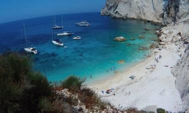 Αυτή είναι η νεότερη παραλία της Ελλάδας!