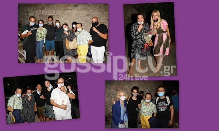 Λυσιστράτη: Οι celebrities παρακολούθησαν την παράσταση με τις... μάσκες τους