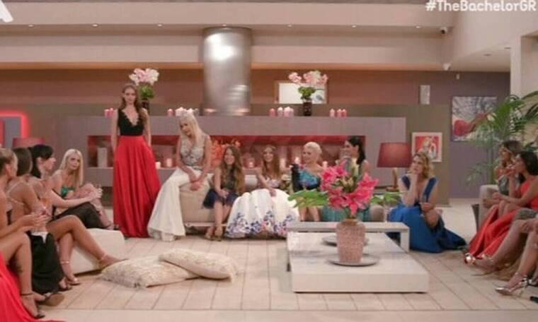 The Bachelor: Απίστευτο «κράξιμο» για την ηλικία της Έλενας και τις βλεφαρίδες της Σίας