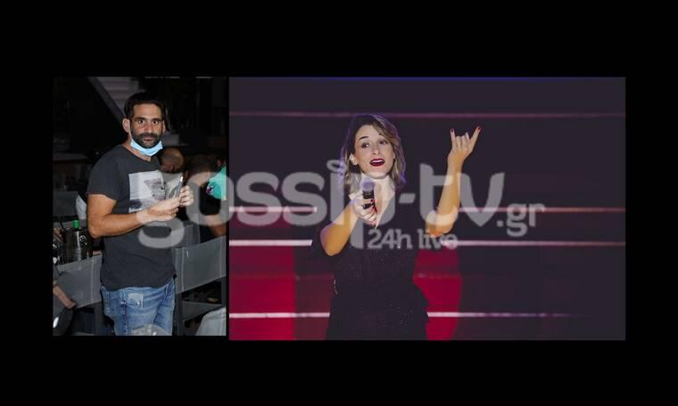 Παπασπηλιώπουλος: Απόλαυσε την αγαπημένη του, Μαρίζα Ρίζου, επί σκηνής!