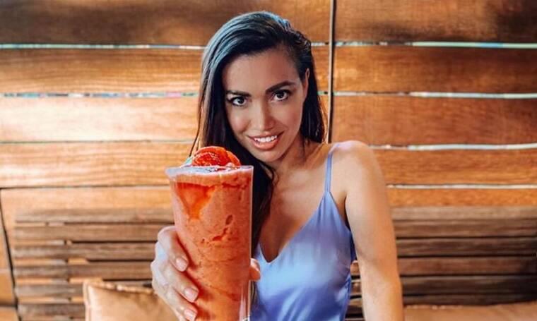 Όλγα Φαρμάκη: Η πρώτη φωτό με φουσκωμένη κοιλίτσα έγινε viral! Δες γιατί