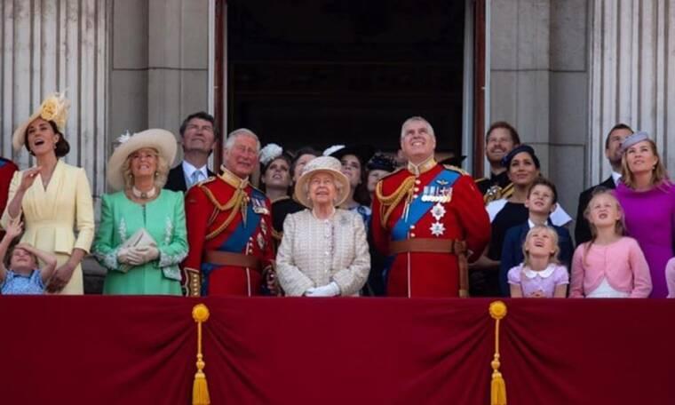 Το Παλάτι ανακοίνωσε την εγκυμοσύνη που περιμέναμε με ενθουσιασμό