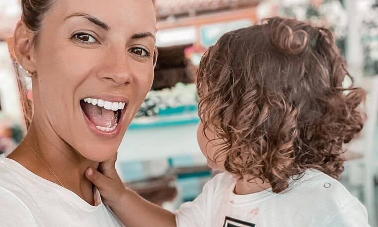 Φτιάξε κέικ μπανάνας με το παιδί σου, όπως ακριβώς και η Μαρία Λουίζα Βούρου