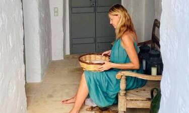 Τζένη Μπαλατσινού: Μπήκε στον έβδομο μήνα και έβαλε το πιο στυλάτο φόρεμα!