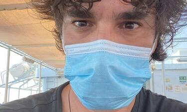 Παπακαλιάτης: Δεν αποχωρίζεται τη μάσκα του! Πού τον εντοπίσαμε για ψώνια;