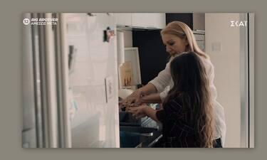 8 λέξεις: Το πλάνο με το σχολαστικό πλύσιμο των χεριών της Τζουλιάνας έγινε viral