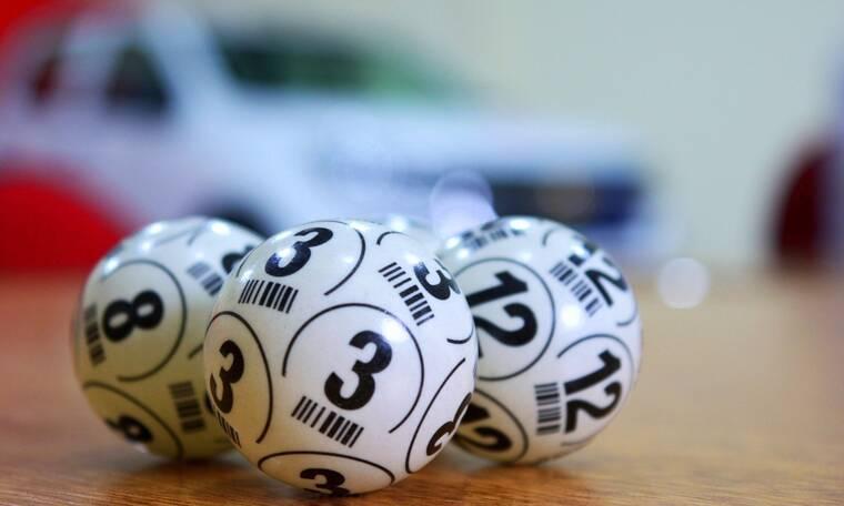 Απίστευτο: Τρία αδέρφια έπαιζαν τους ίδιους αριθμούς για 40 χρόνια και τελικά κέρδισαν!