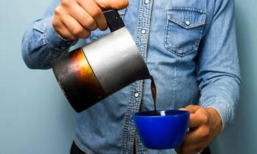 Έρευνα: Τι συμβαίνει όταν πίνεις καφέ χωρίς να έχεις φάει πρωινό;