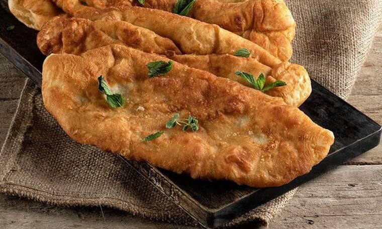 Πιροσκί με πατάτα από τον Άκη Πετρετζίκη