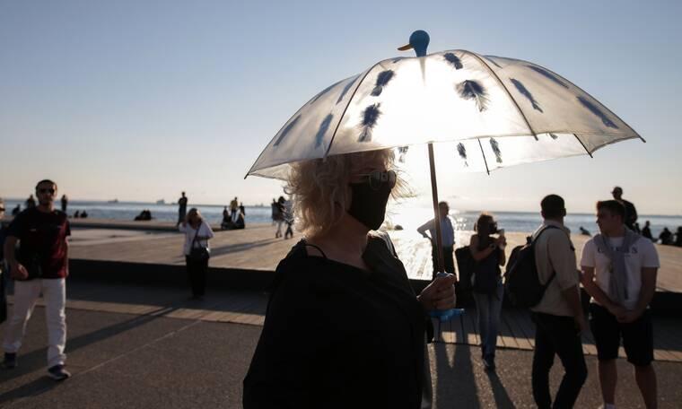 Κορονοϊός: «Στενεύει ο κλοιός» στη Θεσσαλονίκη - Ο ρόλος των φοιτητών και τα σενάρια για lockdown