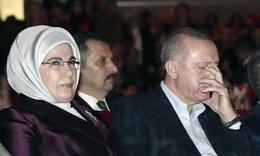 Εμινέ: Αυτή είναι η «σκοτεινή» σύζυγος του Ερντογάν