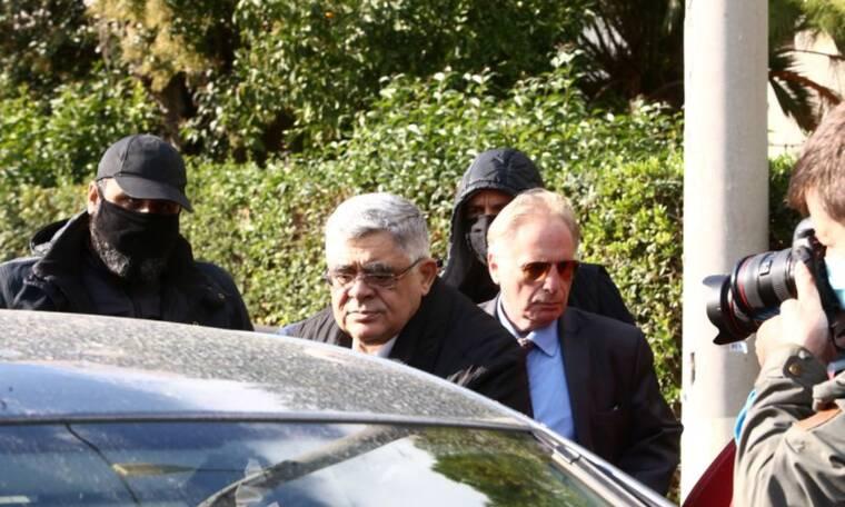 Χρυσή Αυγή: Στη ΓΑΔΑ ο Νίκος Μιχαλολιάκος - Βρίσκεται στα χέρια της Αστυνομίας