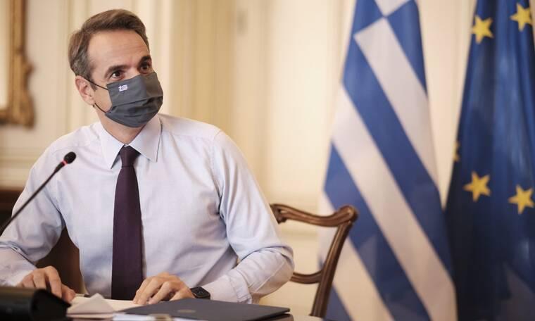 Κορονοϊός: Νέα μέτρα ανακοινώνει αύριο ο Μητσοτάκης - Τι είπε για το lockdown