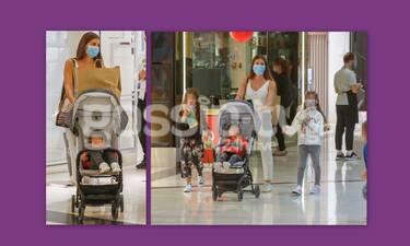 Τσιμτσιλή: Φόρεσε μάσκες στα παιδιά της και βγήκαν μαζί για shopping therapy!