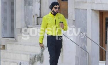 """Αργύρης Πανταζάρας: Έστειλε """"6"""" και βγήκε για περπάτημα στο κέντρο της Αθήνας!"""