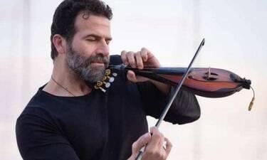 Ηλίας Παλιουδάκης: Διπλό χτύπημα σε ένα 24ωρο για τον τραγουδιστή - Τι συνέβη;