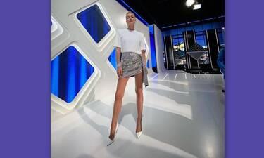 Βίκυ Καγιά: Ο απίθανος τρόπος που φόρεσε τα λευκά αρβυλάκια! Δες με τι τα συνδύασε!