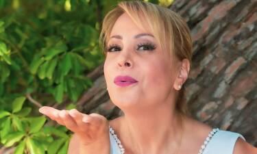 Τέτα Καμπουρέλη: Δεν φαντάζεστε πόσα χρόνια είναι παντρεμένη με τον σύζυγό της!