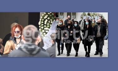 Βαγγέλης Χατζηνικολάου: Θρήνος στην κηδεία του ηθοποιού - Ράκος η Ελένη Ράντου