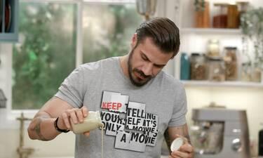 Kitchen Lab: Τι μαγειρεύει σήμερα ο Άκης Πετρετζίκης;