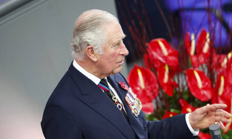 Έξαλλος ο πρίγκιπας Κάρολος με το Crown