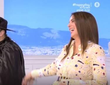 Happy Day: Το είδαμε κι αυτό! Συνεργάτης της Τσιμτσιλή ντύθηκε Ζορό! (Video)