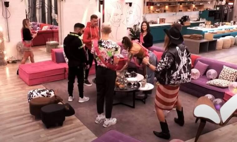 Big Brother: Το bachelor party και το ξεφάντωμα στο σαλόνι!