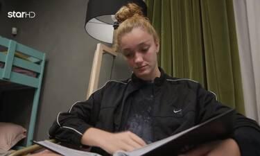 GNTM: Μαρινέλα: Το άλμπουμ που της έστειλε η οικογένειά της και τη συγκίνησε