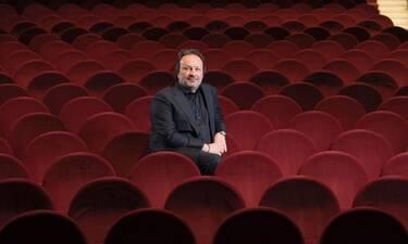 Διονύσης Παναγιωτάκης για θέατρα: «Πραγματικά ζούμε έναν μοντέρνο πόλεμο»!