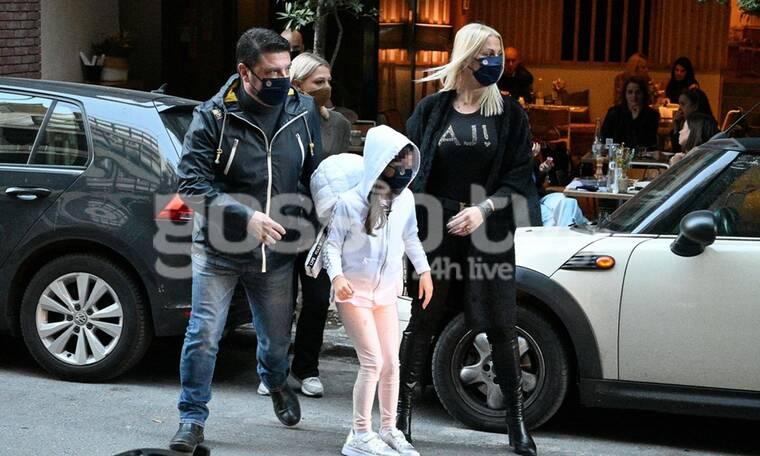 Νίκος Χαρδαλιάς: Τελευταία οικογενειακή βόλτα πριν το lockdown! (photos)