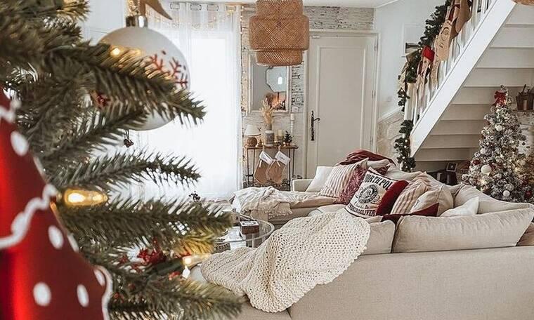 8 ιδέες για να διακοσμήσεις το σαλόνι σου με χριστουγεννιάτικη διάθεση