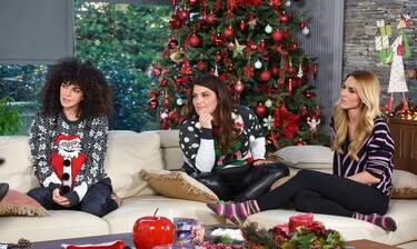 «Roomies»: Φέρνουν τα Χριστούγεννα, μαγειρεύουν και μας ετοιμάζουν εκπλήξεις!