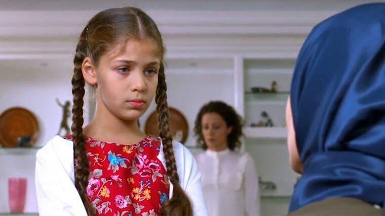 Elif: Ο Τζαφέρι επιτίθεται στην Ελίφ και προσπαθεί να την πνίξει